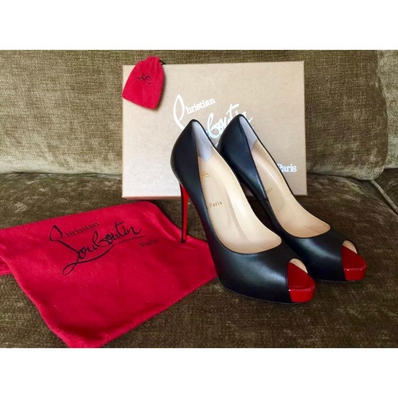 071d6848b822 LOUBOUTIN New Very Prive Red Sole Pump